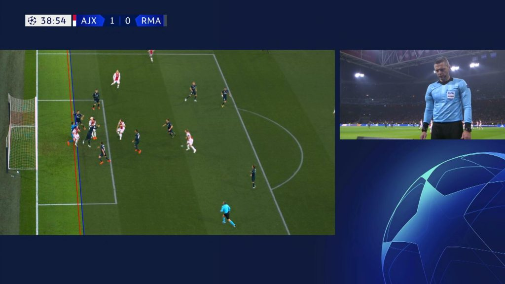 Отмененный гол Николаса Тальяфико в ворота Реала в ЛЧ